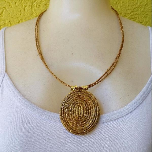 Colar Mandala De Capim Dourado