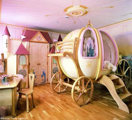 Awesome Little Girls Bedroom