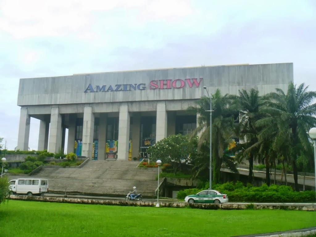 A High-Heeled Haunt: Murder in Manila