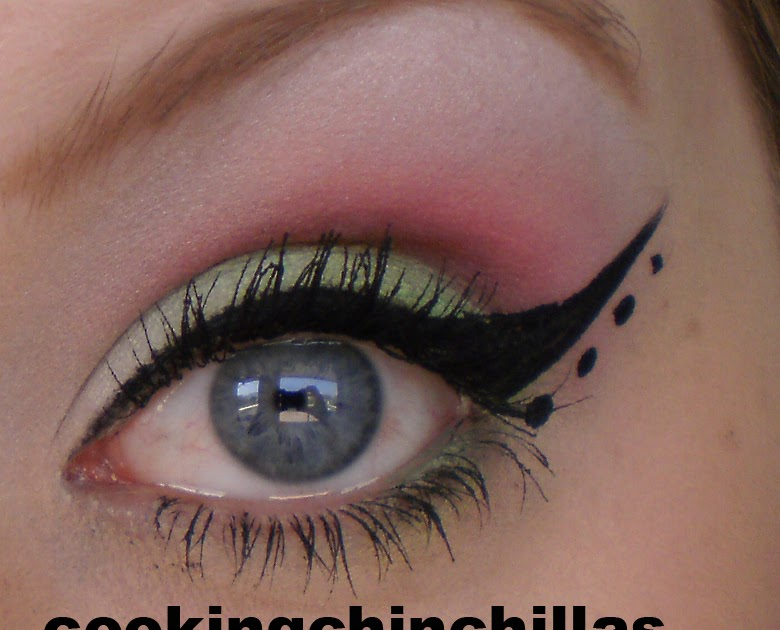 cookingchinchillas green and pink dramatic eye make up. Black Bedroom Furniture Sets. Home Design Ideas