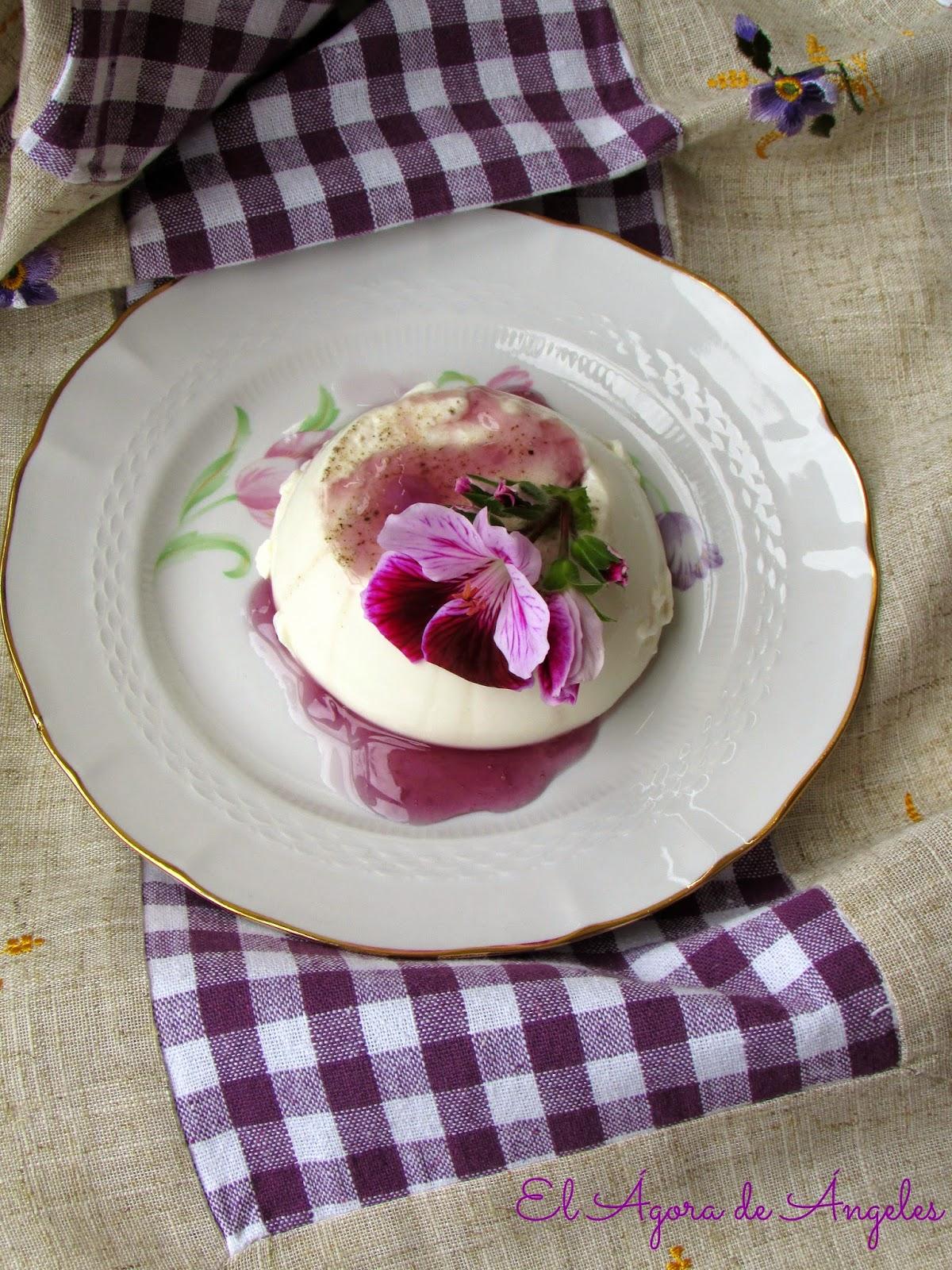 pana cotta,salsa de caramelos de violeta, caramelos de violeta