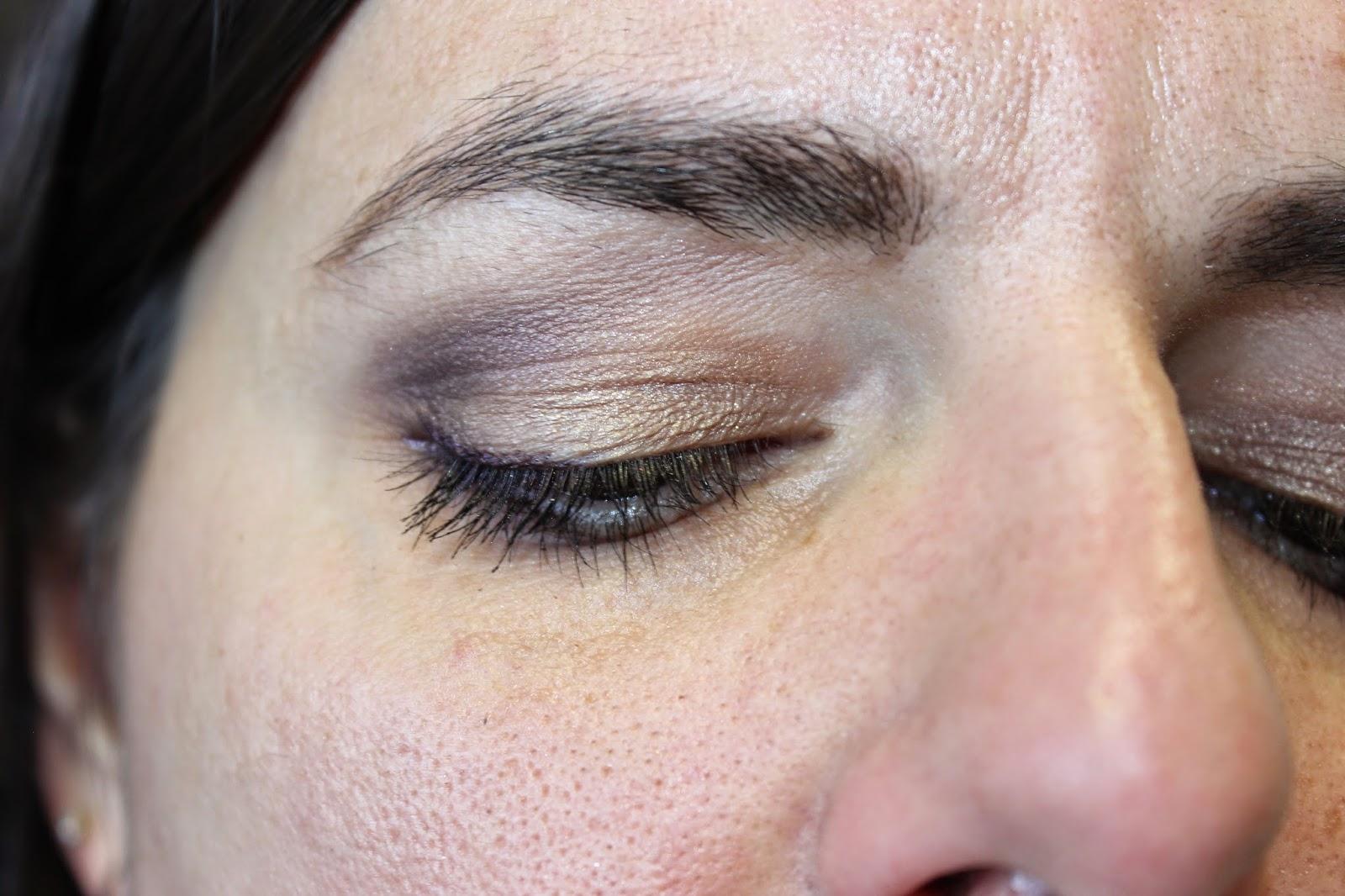 maquillage prune et or