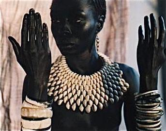 a53571884201 FEROUZ ALLALI - STYLISTE et CREATRICE de MODE - BOUTIQUE AFRICOULEUR - PARIS.  http   www.africouleur.com