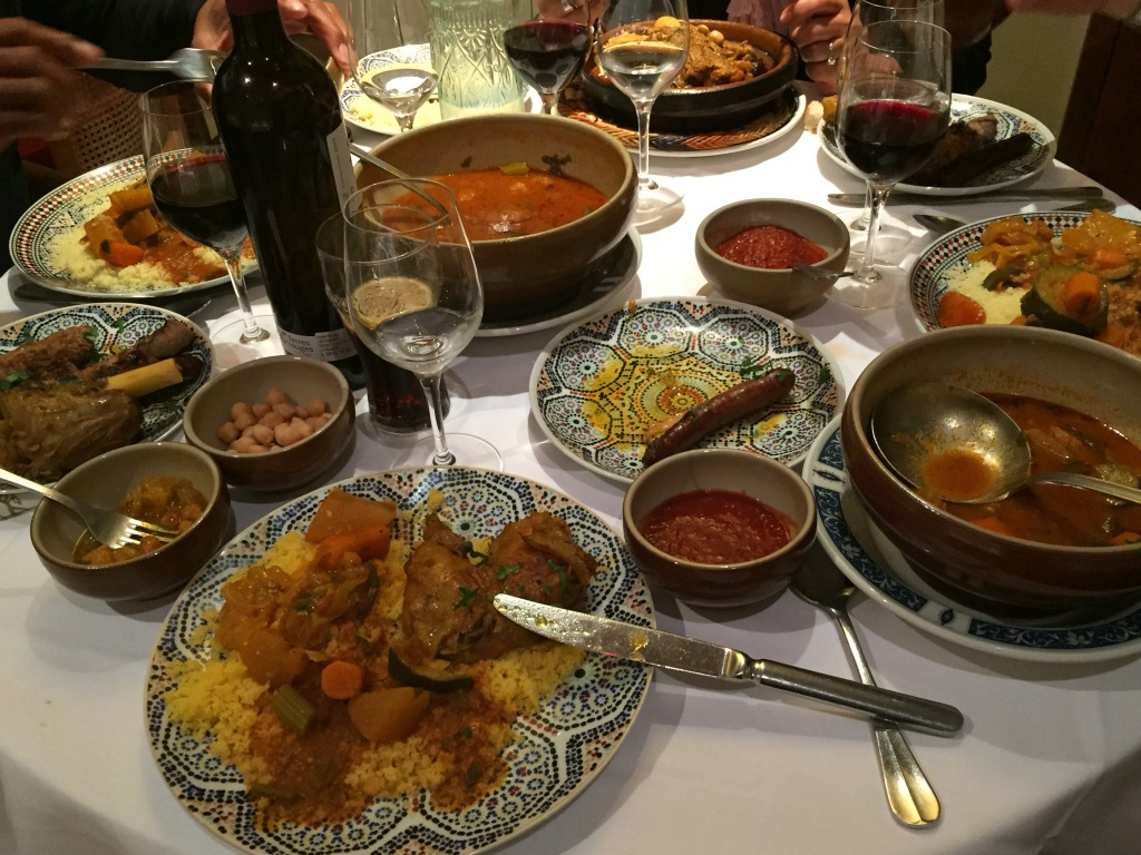 Vis ma vie paris restaurant marocain le caroubier for S cuisine tizi ouzou