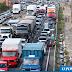 Dilma sancionará sem vetos a nova Lei dos Caminhoneiros além dos itens atendidos pela lei, os caminhoneiros reivindicam a redução do preço do combustível e aumento do valor do frete.