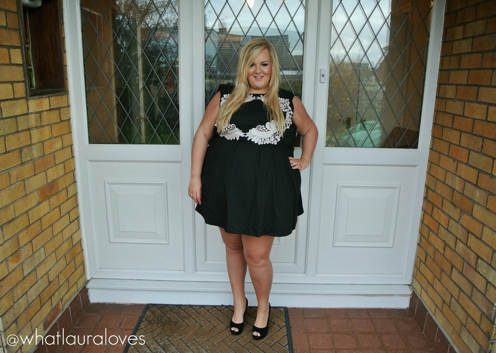 0a66368d35 WhatLauraWore  LBD and Lace
