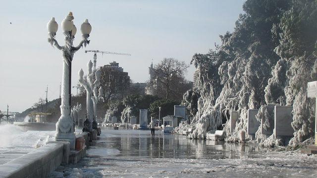 Шторм зимой картинки