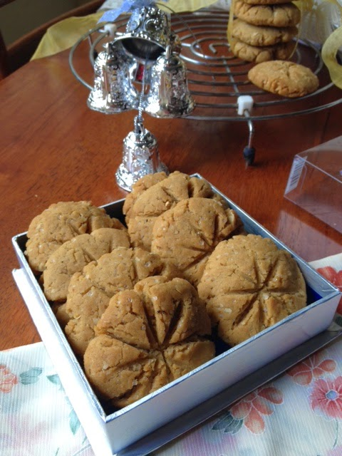 vegan whole wheat ginger cookies 1