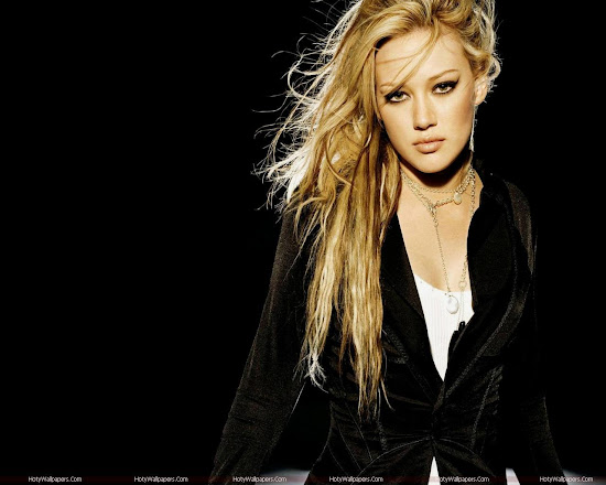 Hilary Duff Pop Singer HD Wallpaper