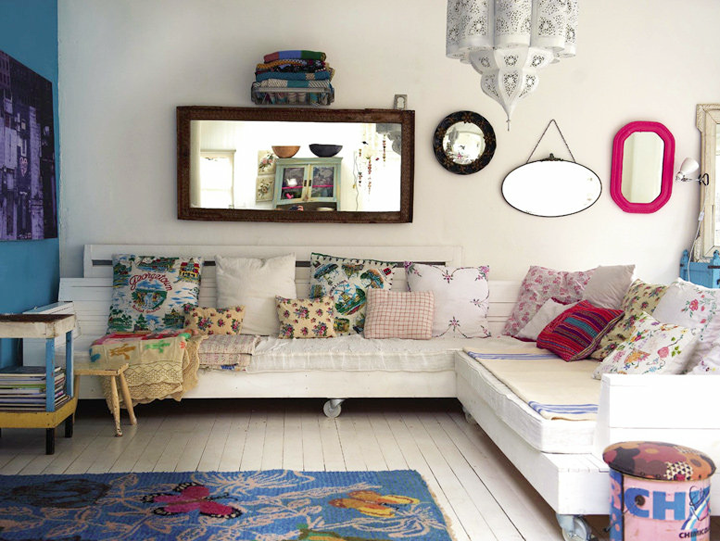 Country style chic eclectic vintage style for Eclectic chic living room