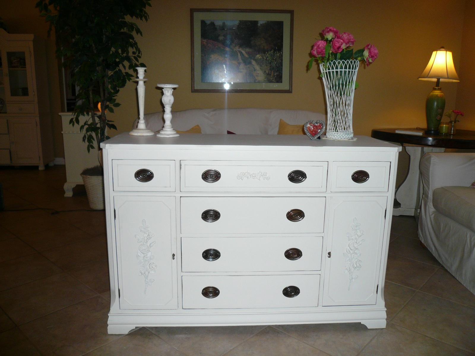 timelessshabbycreations shabby chic vintage antique white petite rose buffet. Black Bedroom Furniture Sets. Home Design Ideas