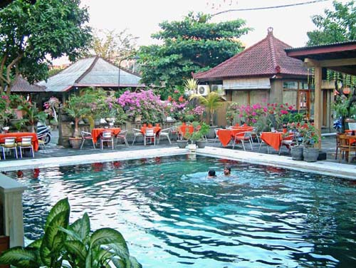 5 amazing cheap hotels in kuta bali for Cheap hotels in bali