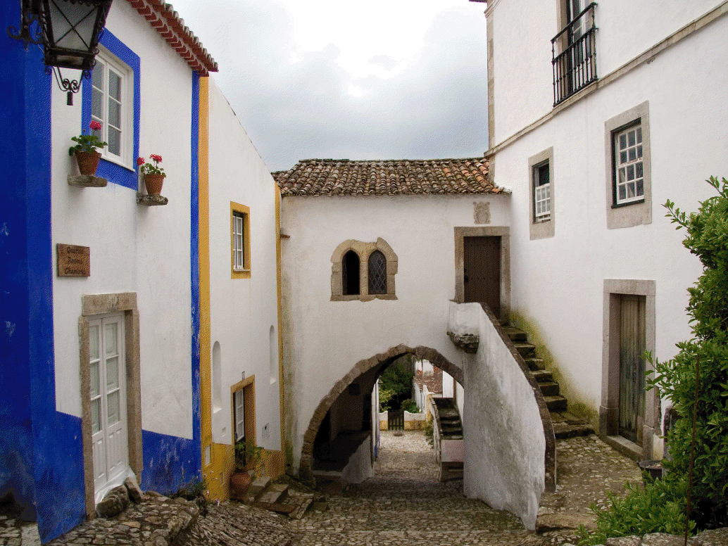 Visit other historic and cultural places of the Silver Coast region of Portugal