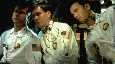 Apollo 13 scene where the crew is looking at the gauges