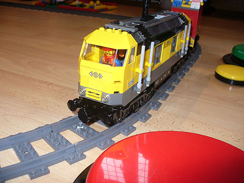 "SpecialEffect switch adapted Lego Train set (""Cargo-Train-7939"")"