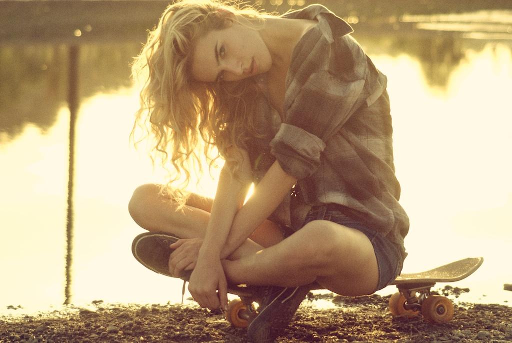 ... no labirinto da manhã espreito o teu sorriso no intervalo das palavras...