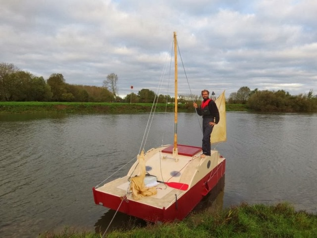 Bill's Log: Sailing Scows with a Difference