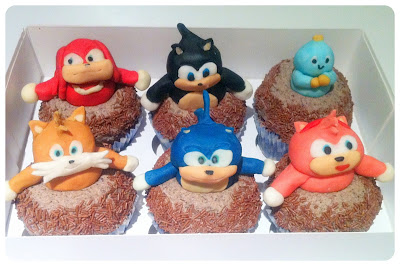 Cherie Kelly's Super Mario and Sonic The Hedgehog Cupcakes