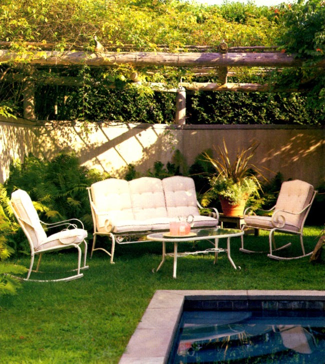 MARTHA MOMENTS Remembering Martha Stewart Everyday Garden Furniture Collections & MARTHA MOMENTS: Remembering: Martha Stewart Everyday Garden ...