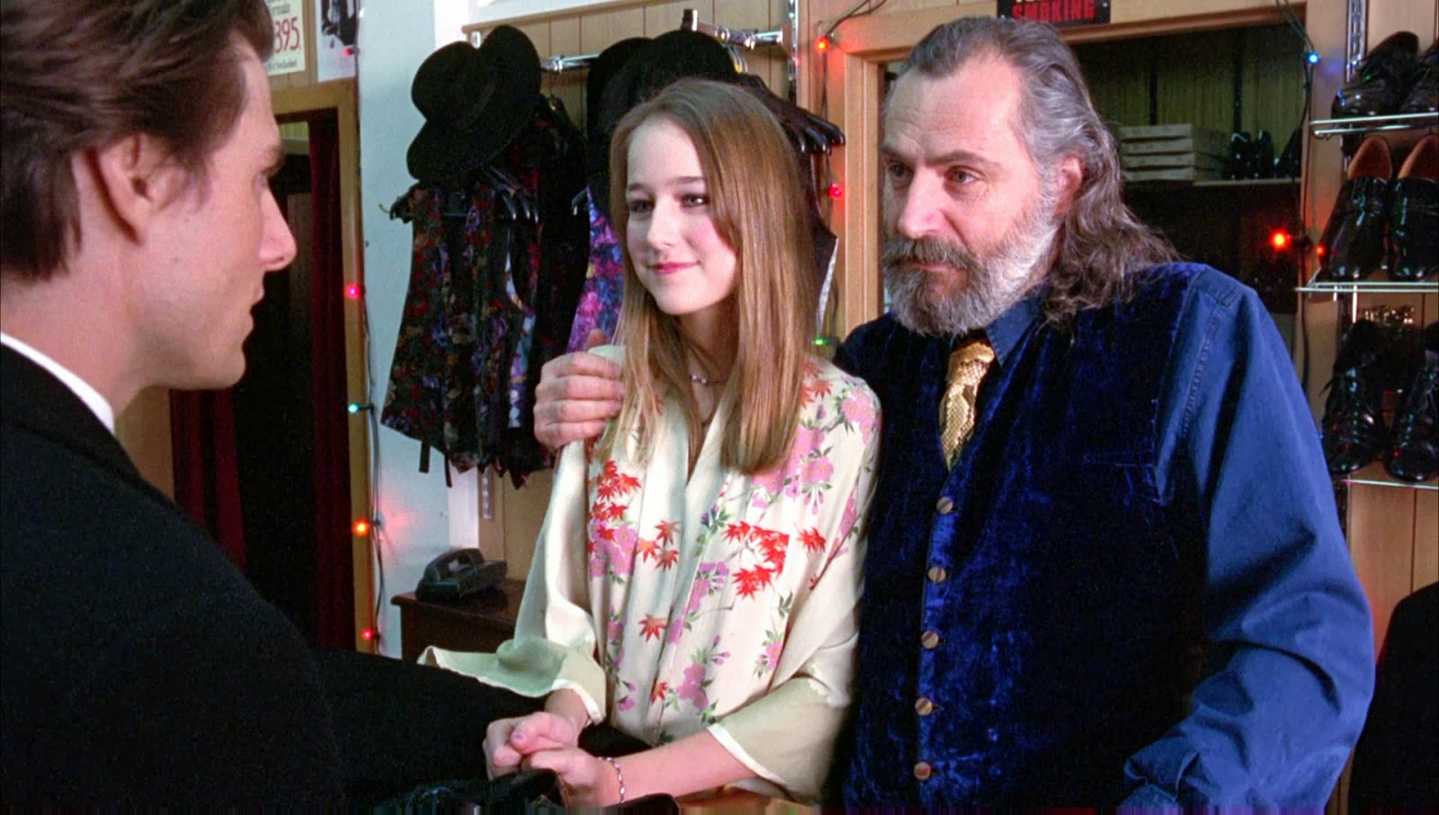 Blue moon cafe only a peak kubricks eyes wide shut bill argues with this vice but sees the girl wants to be animalized at the beginning of ews helena wears the same clothes of the barbie dolls she buycottarizona