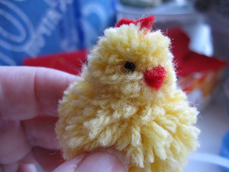 Цыпленок из ниток к пасхе своими руками 96