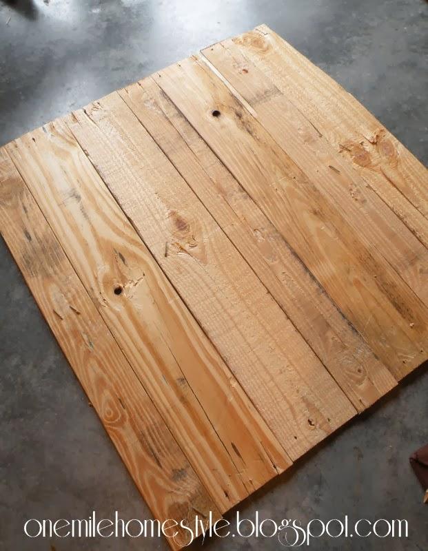 Pallet wood reconfigured