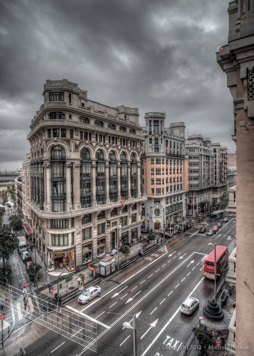 Gran Vía, on a rainy day