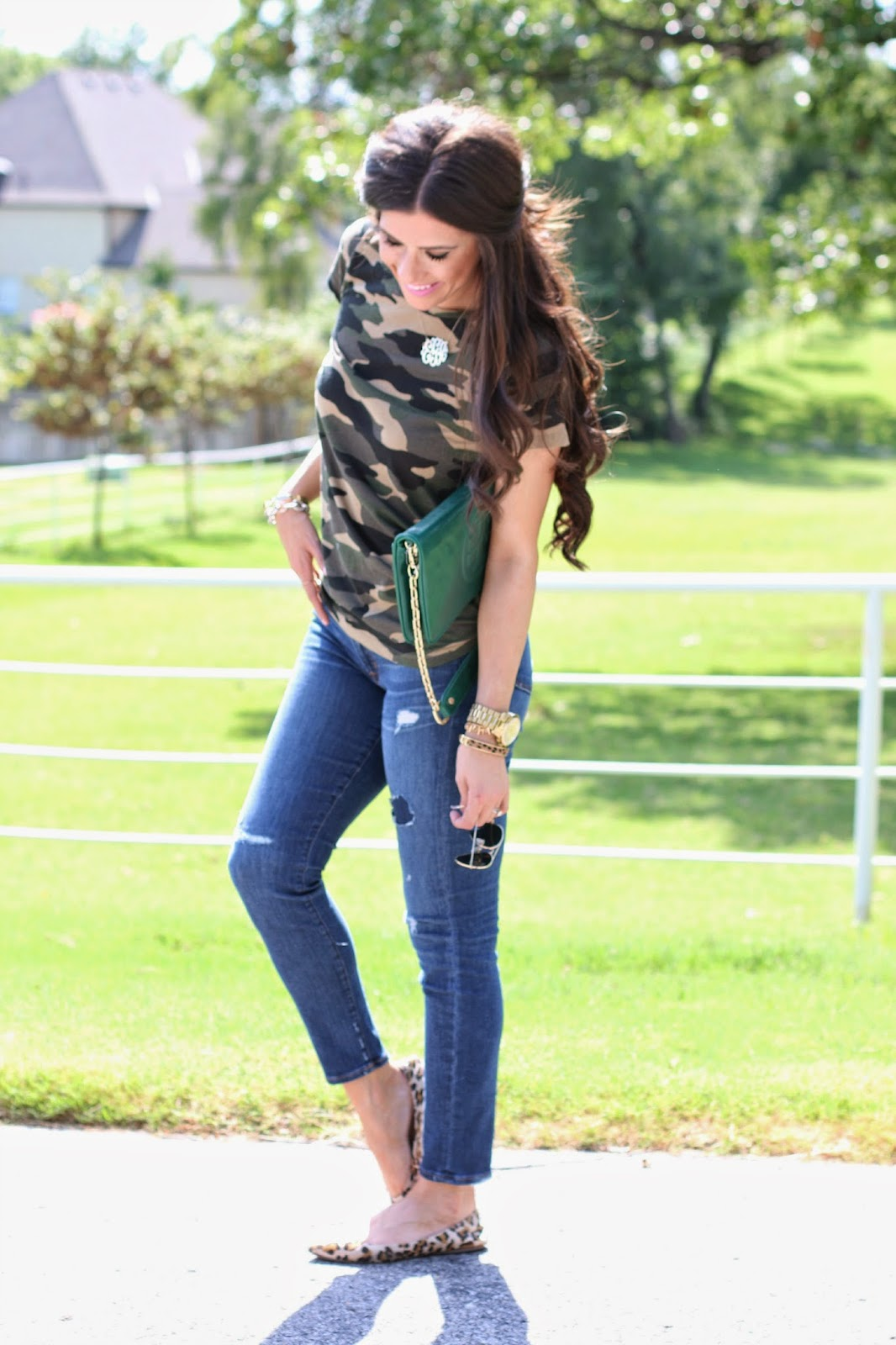 camo tee shirt, camo fashion, tory burch clutch, green tory burch clutch, ray ban aviators, emily gemma, emily gemma blog, the sweetest thing blog, crew jeans, gold monogram