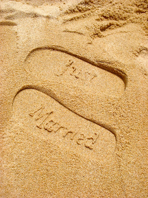 """Just Married"" sandles to leave your mark in the sand while on your honeymoon! www.thebrighterwriter.blogpost.com"