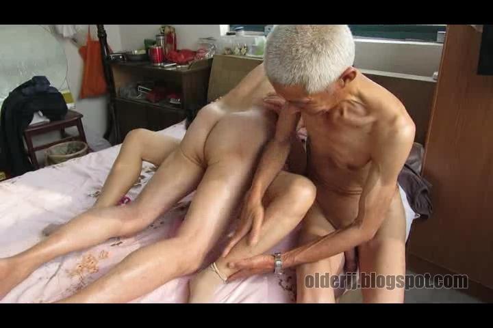 2 gay old men fucking