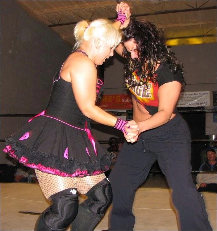 Deanna Conda vs LuFisto - Womens Pro Wrestling