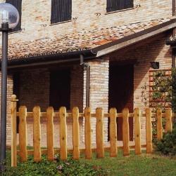 Arredare il giardino recinzioni da giardino - Recinzioni da giardino in legno ...