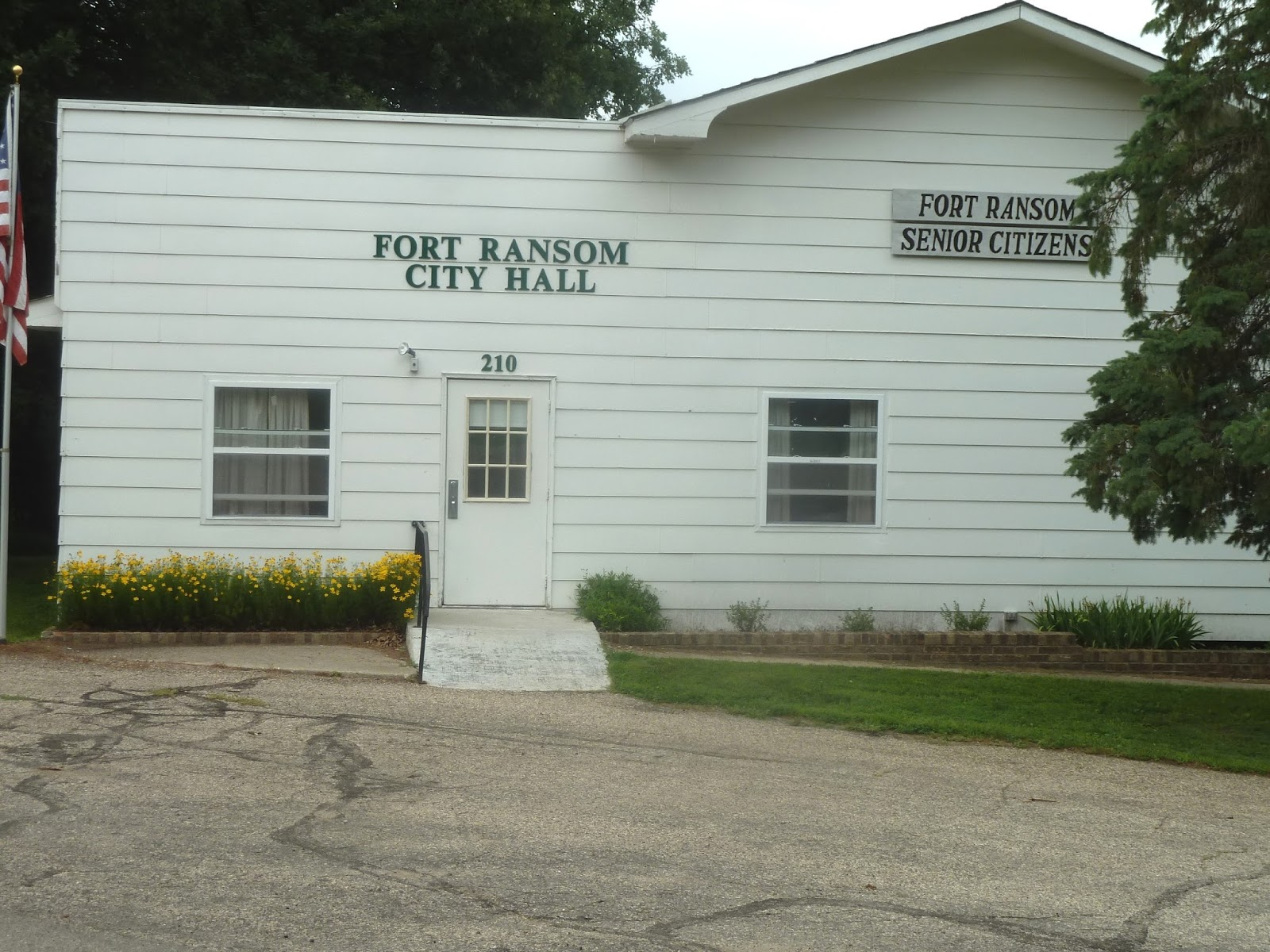 fort ransom men At&t® official site premium entertainment, the latest cell phones & tablets, unlimited data plans, and high-speed internet join the nation's best network today.