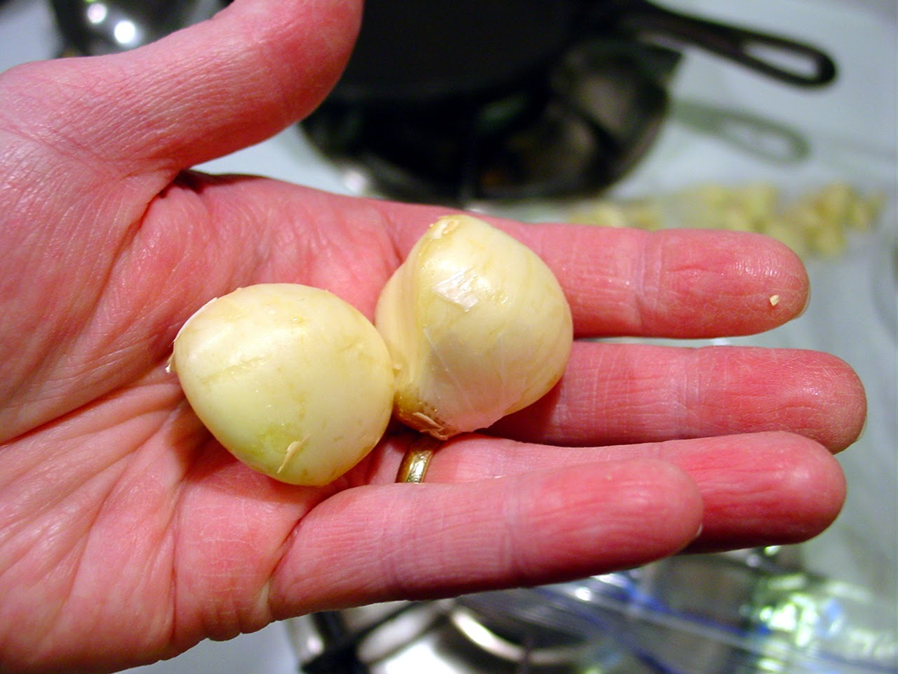 fresh peeled garlic