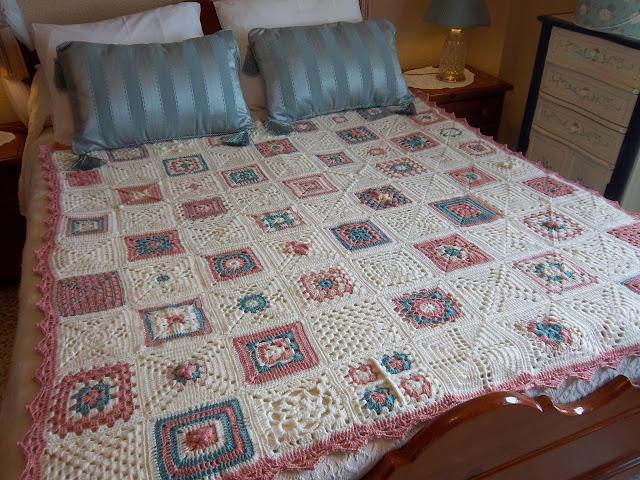 Mi sala de costura colcha ganchillo en tonos pastel - Aplicaciones de crochet para colchas ...