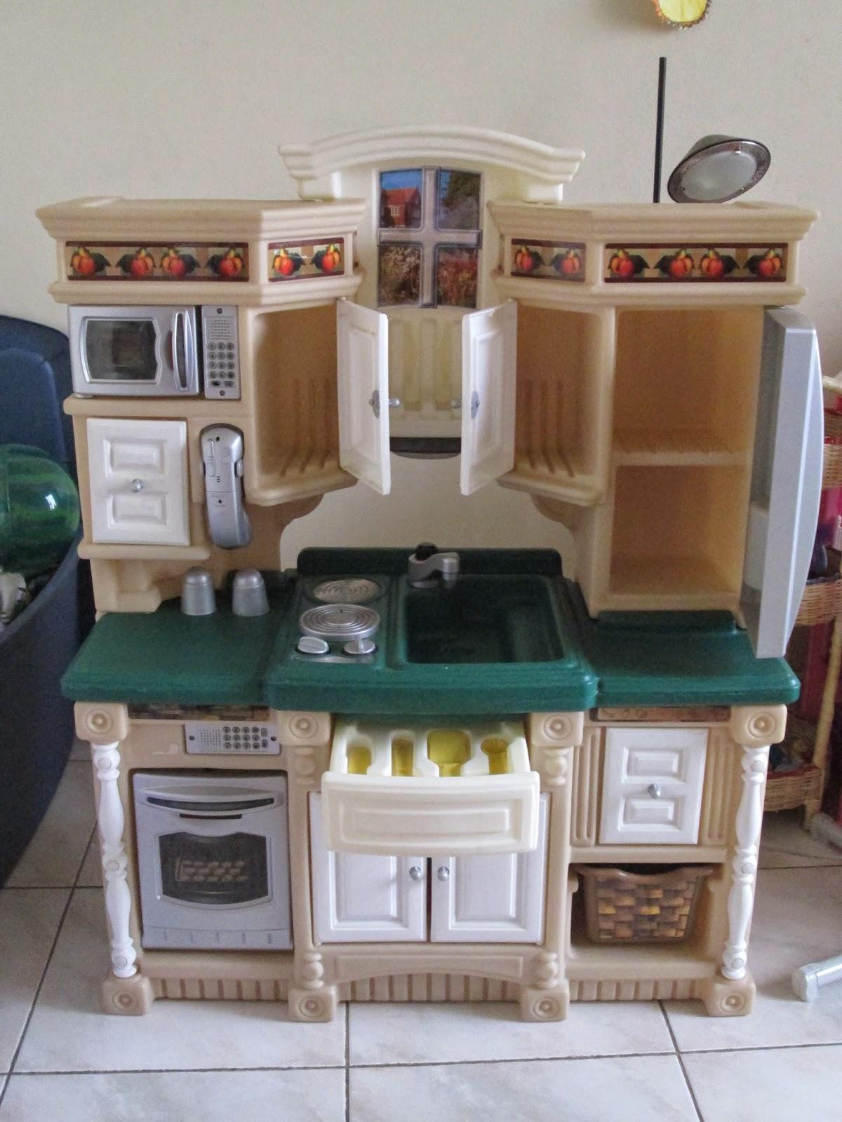 Move2ottawa moving sale venta de garaje all prices for Cocina de juguete step 2