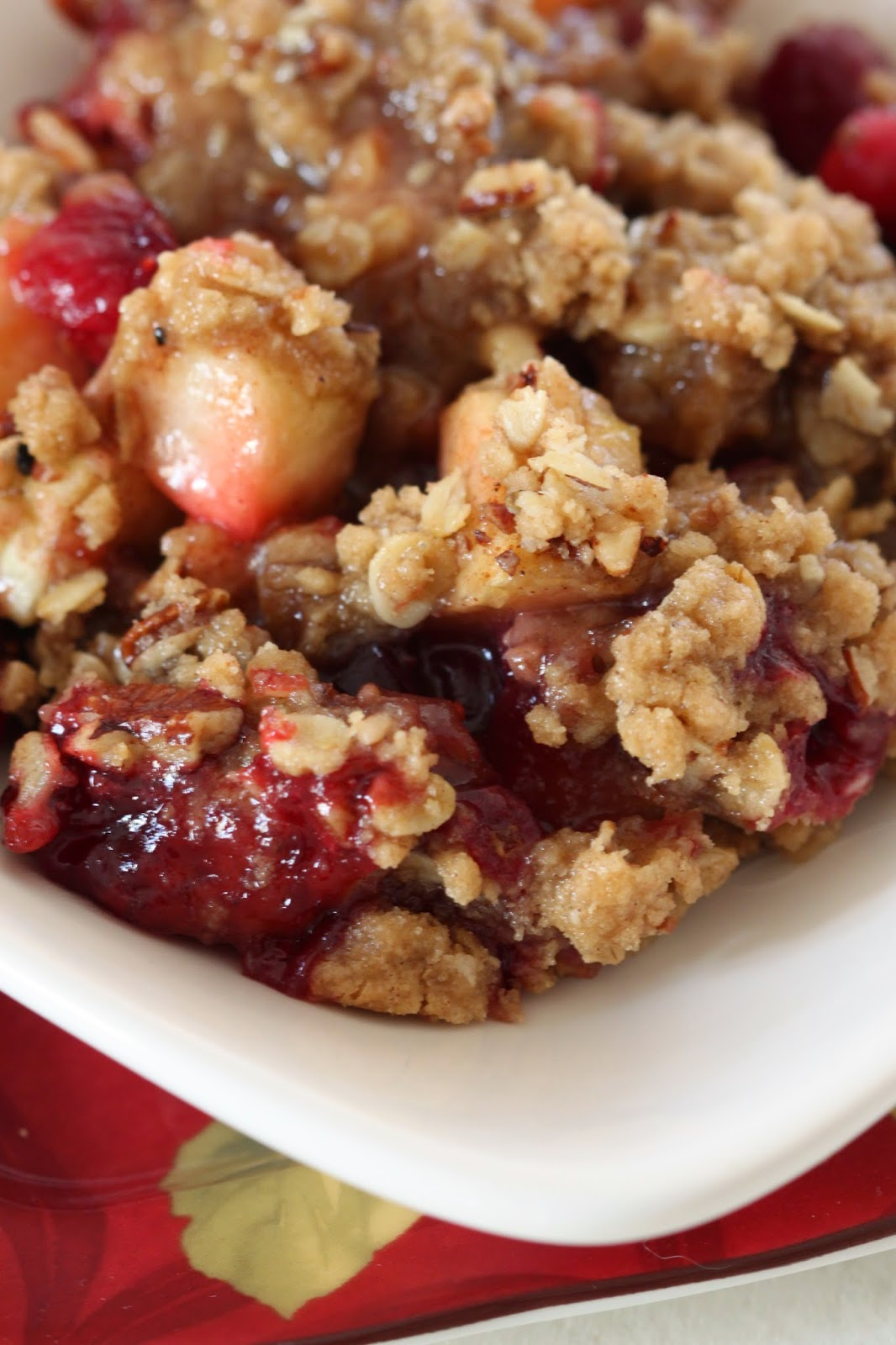 Apple Cranberry Pecan Crumble | Tortillas and Honey