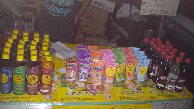 Sosro in bottle and tetra pack (Php 15), Happy Jus and Creso. Luwak White Koffie is also available.