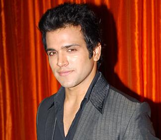 rithvik dhanjani who is currently seen as jay in star one s pyaar kii