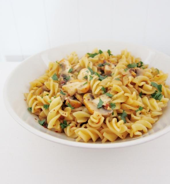Pasta Aglio Olio e Funghi from Nomsies Kitchen