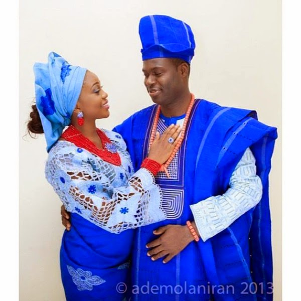Hand Fan Matching Or Contrasting The Aso Oke Your Shoes And Bag O Makeup Done By Yourself Someone Else All These Go Well With Yoruba Wedding