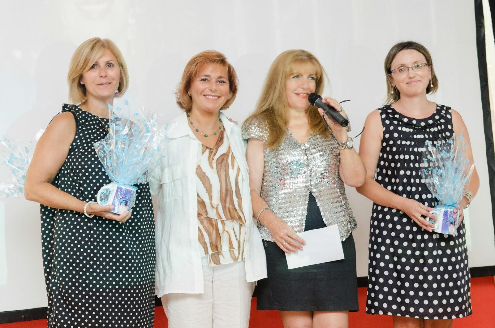 Loly con sus primas Maria Elena, Chelo y Mari Carmen