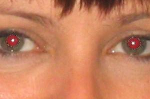 Evita los ojos rojos al tomar una foto