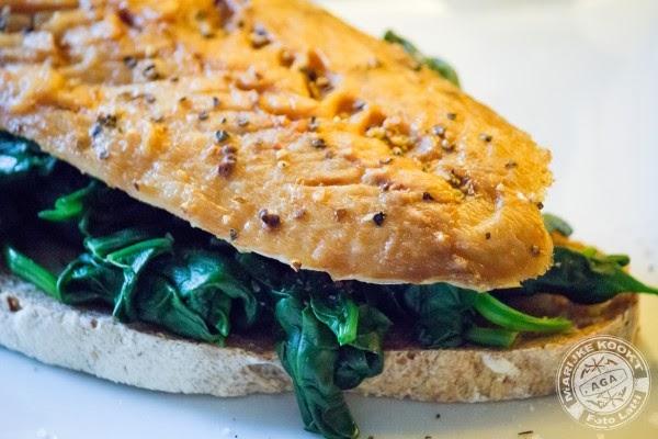 Broodje makreel en spinazie