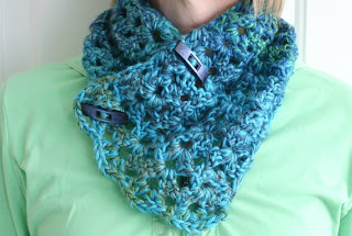 Sea Ice Cowl Crochet Pattern by Susan Carlson of Felted Button
