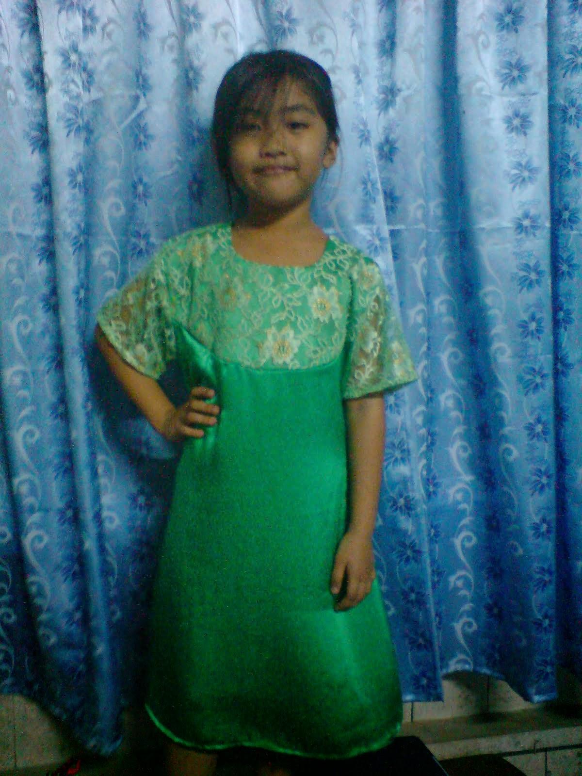 Foto Model Baju Kebaya Nyonya Kanak-Kanak