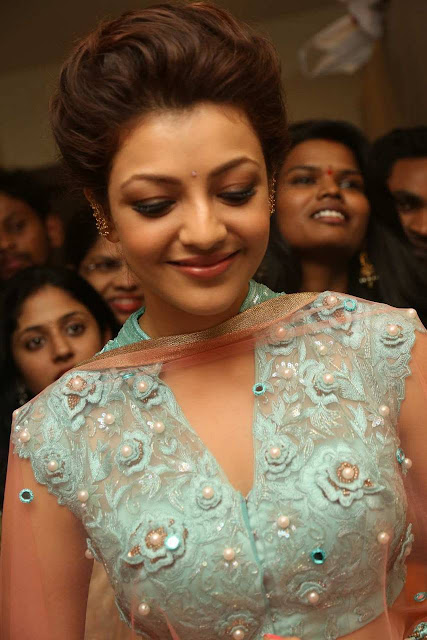 Beautiful Kajal Agarwal Latest Photos In Mugdha Art Studio Inauguration