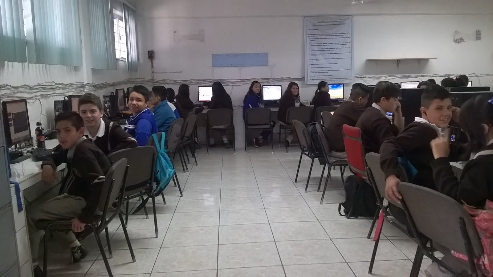 TALLER DE COMPUTACIÓN