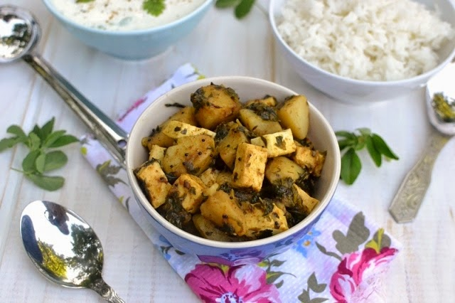 Potato Paneer Methi Curry (Alu Paneer Methi Curry)