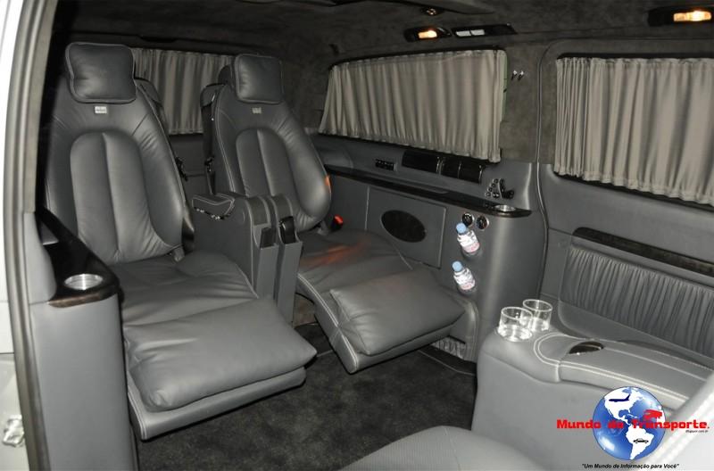 Mundo do transporte mercedes benz brabus a nova mini vam for Interior mercedes viano
